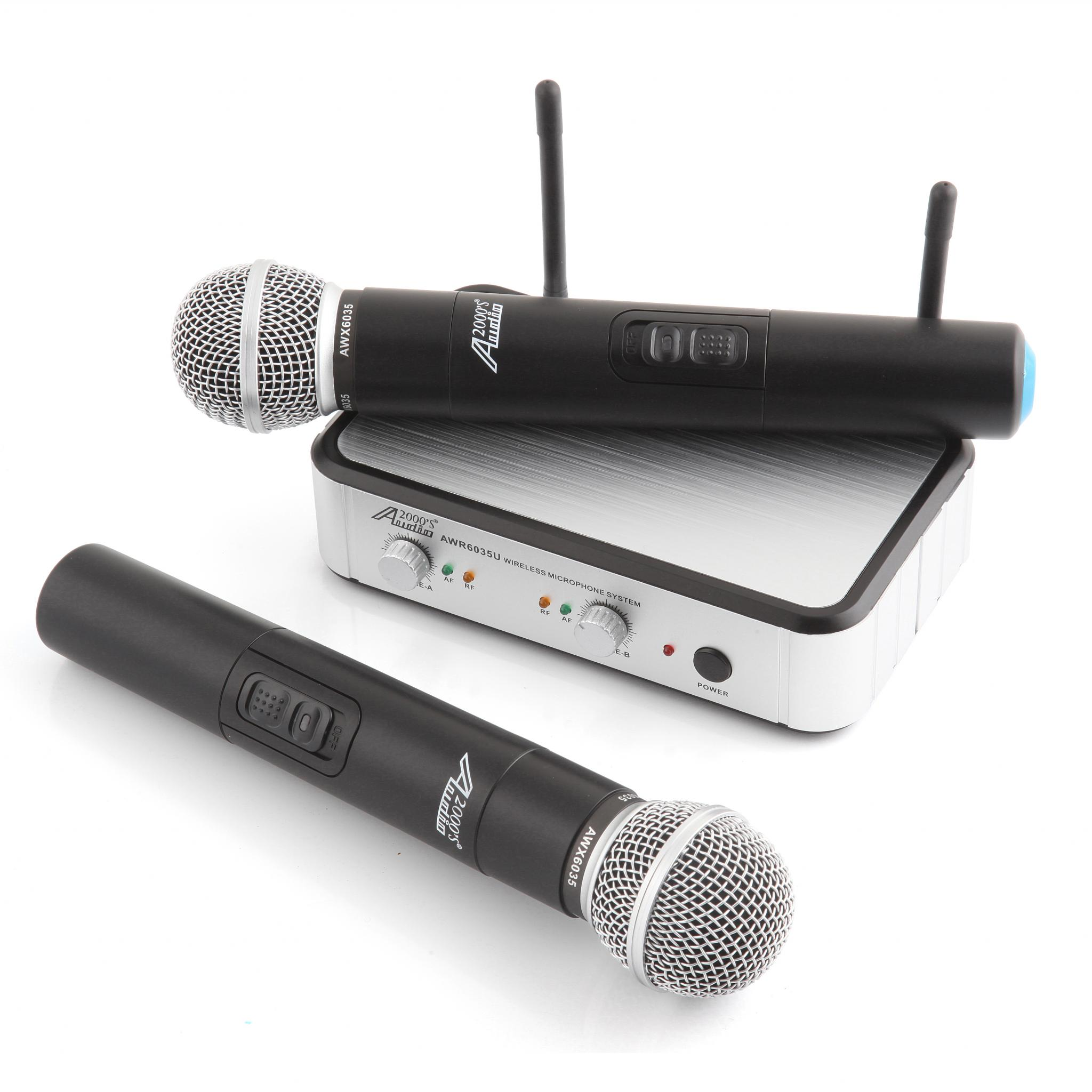 What to Consider When Buying a Karaoke Microphone